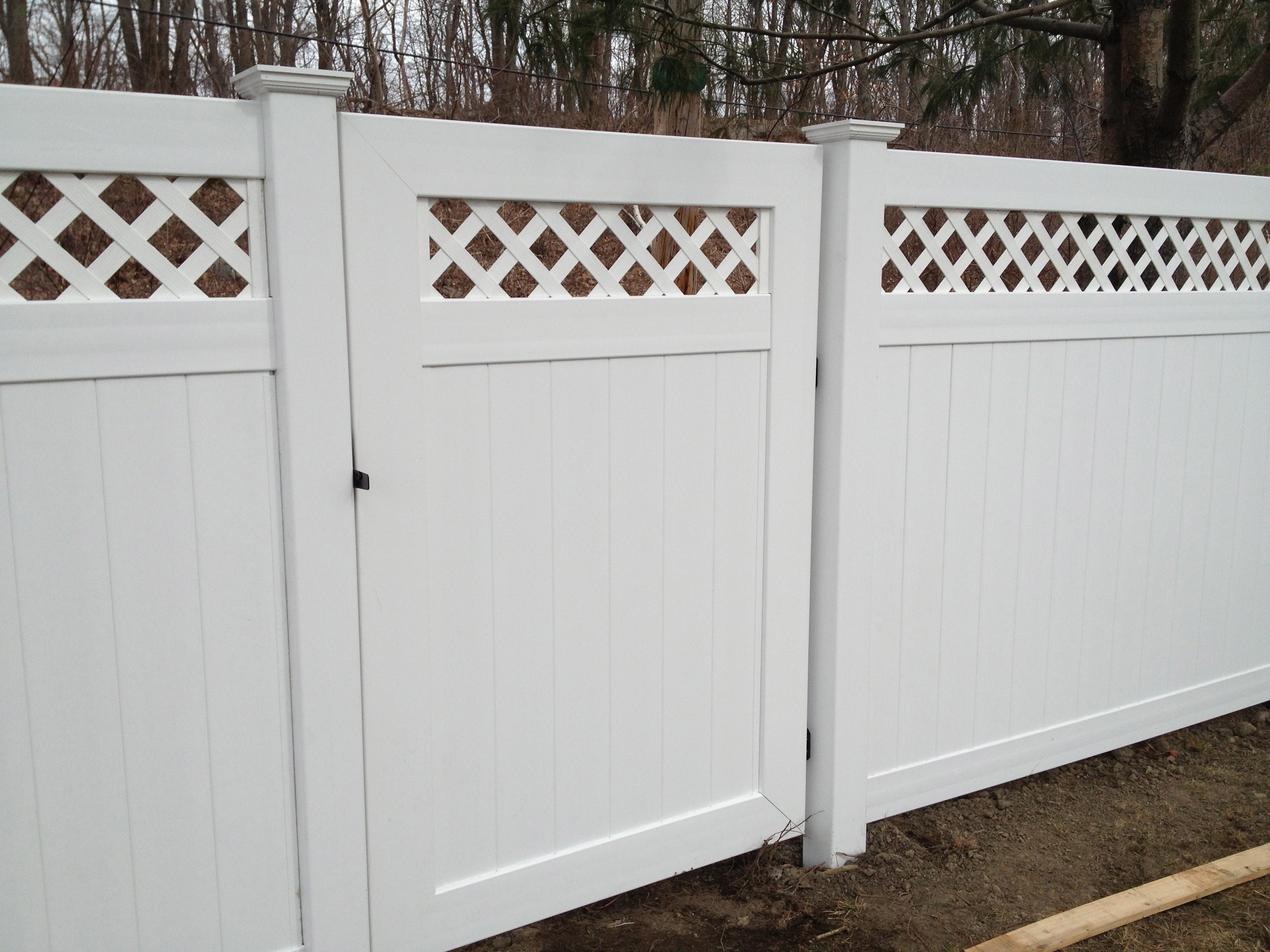 vinyl fence galleries